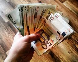 Несколько самых широко распространённых методов заработать деньги в интернете